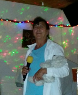 2015-12-11 20.53.45 Sherry and Louie singing Karaoke