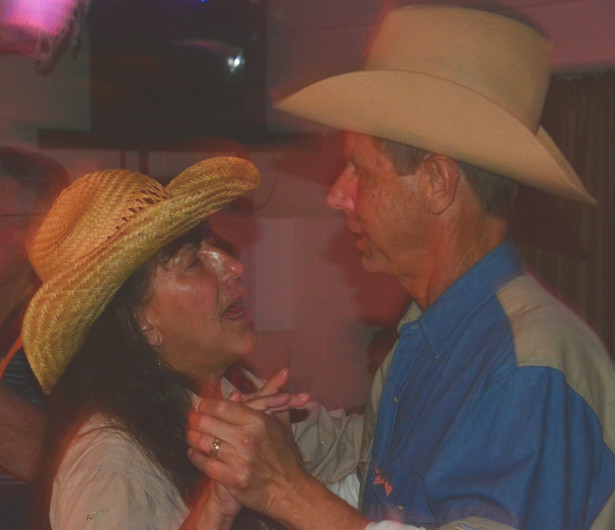 2016-01 Sherry and Bob Dancing at Bashfords edited