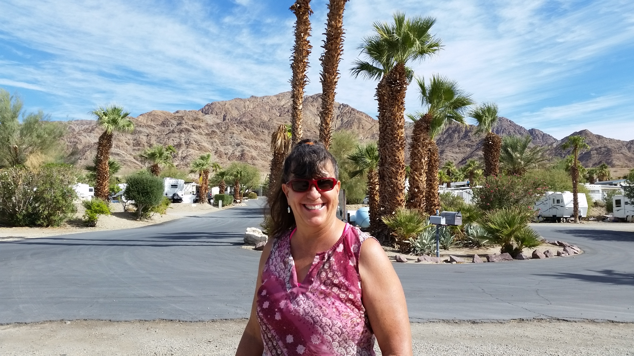 2017-11-03 Sherry at Bashfords RV Park 11.14.48